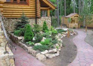 Декор сада и двора натуральным камнем