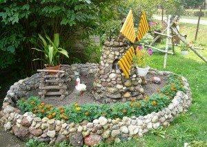 Декоративная постройка из натурального камня