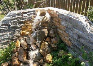 WДекор сада и двора из редкого камня из Италии