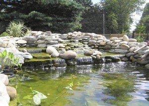 Водопад из камня