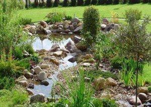 Искусственный водоем из камня и гальки из Италии