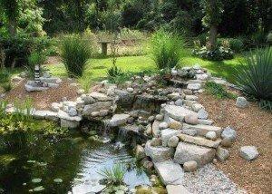 Водопад из порфира, гравия и итальянского камня