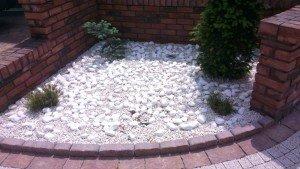 белая галька, белый камень тассос